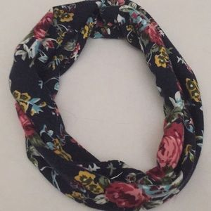 Floral pattern head wrap